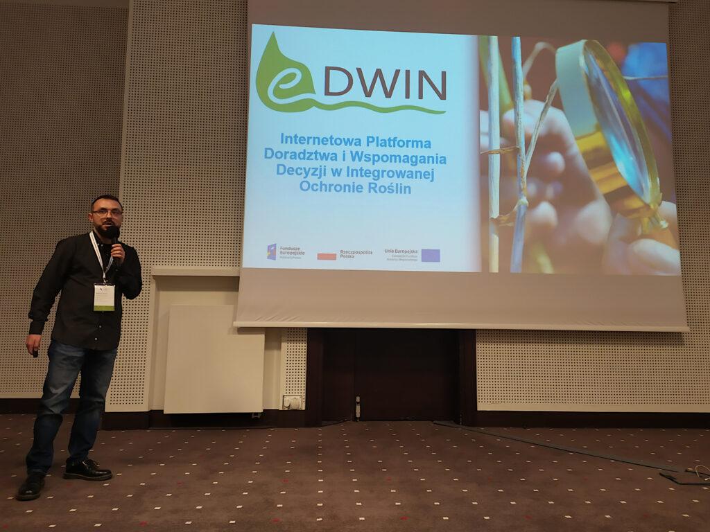 Maciej Zacharczuk omawia projekt eDWIN
